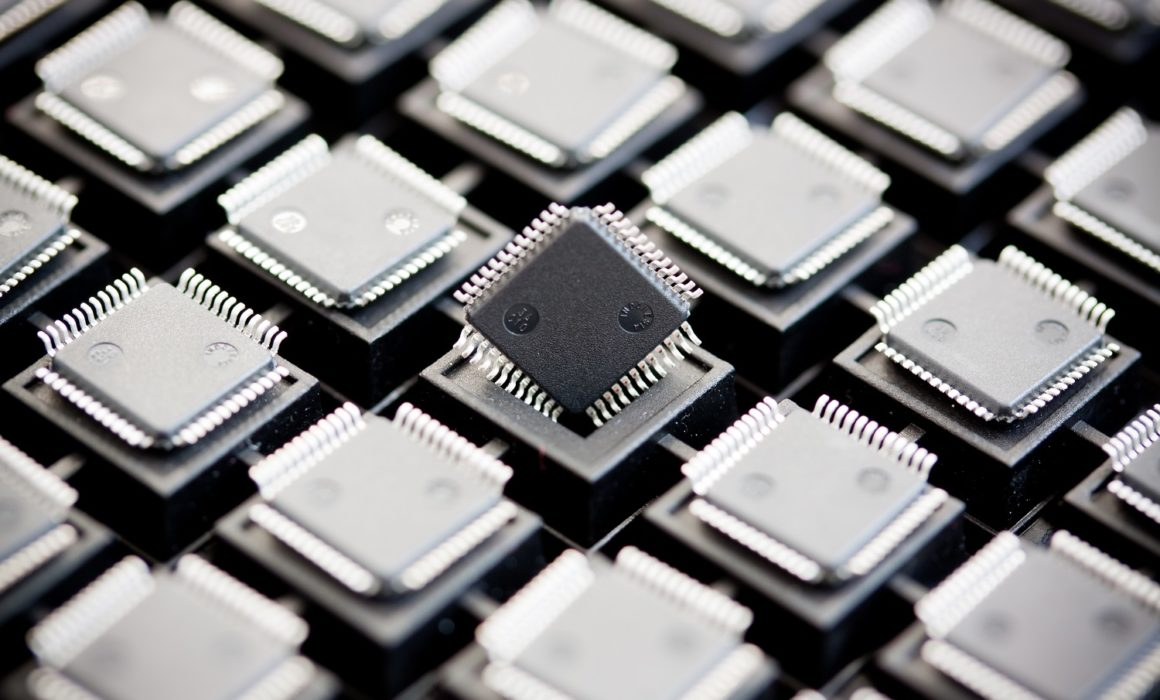 Smd,Integrated,Circuits,On,Tray,-,Macro,Small,Dof